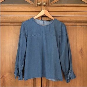 banana republic chambray top